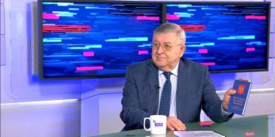 Пора выйти из «институциональной ловушки» в Конституции России – Александр Дегтярев